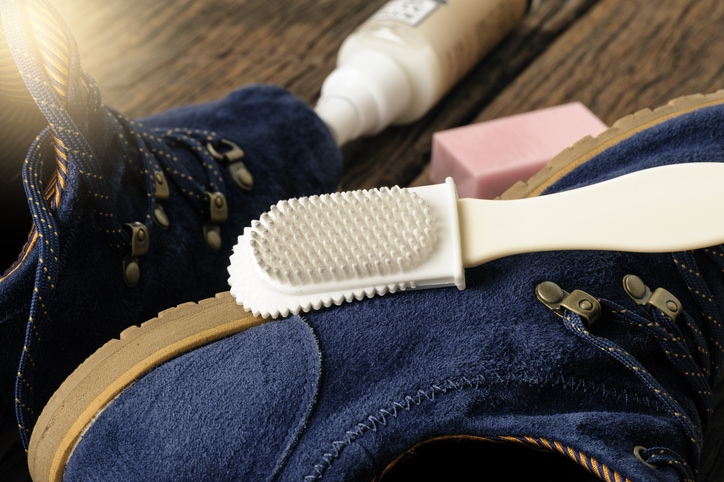 suede shoe cleaning